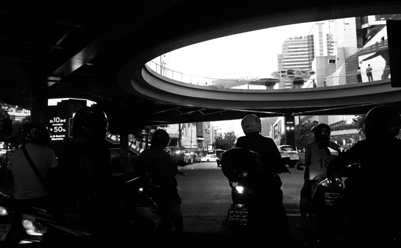 Lonely Bangkok – 01